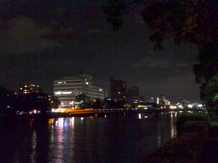 659夜の散歩2.JPG