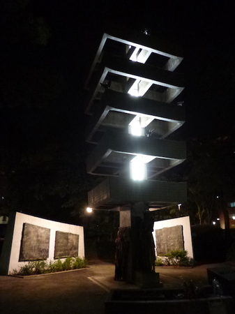 670夜の散歩4.JPG